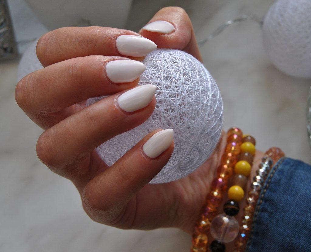 nails-1858947_1920