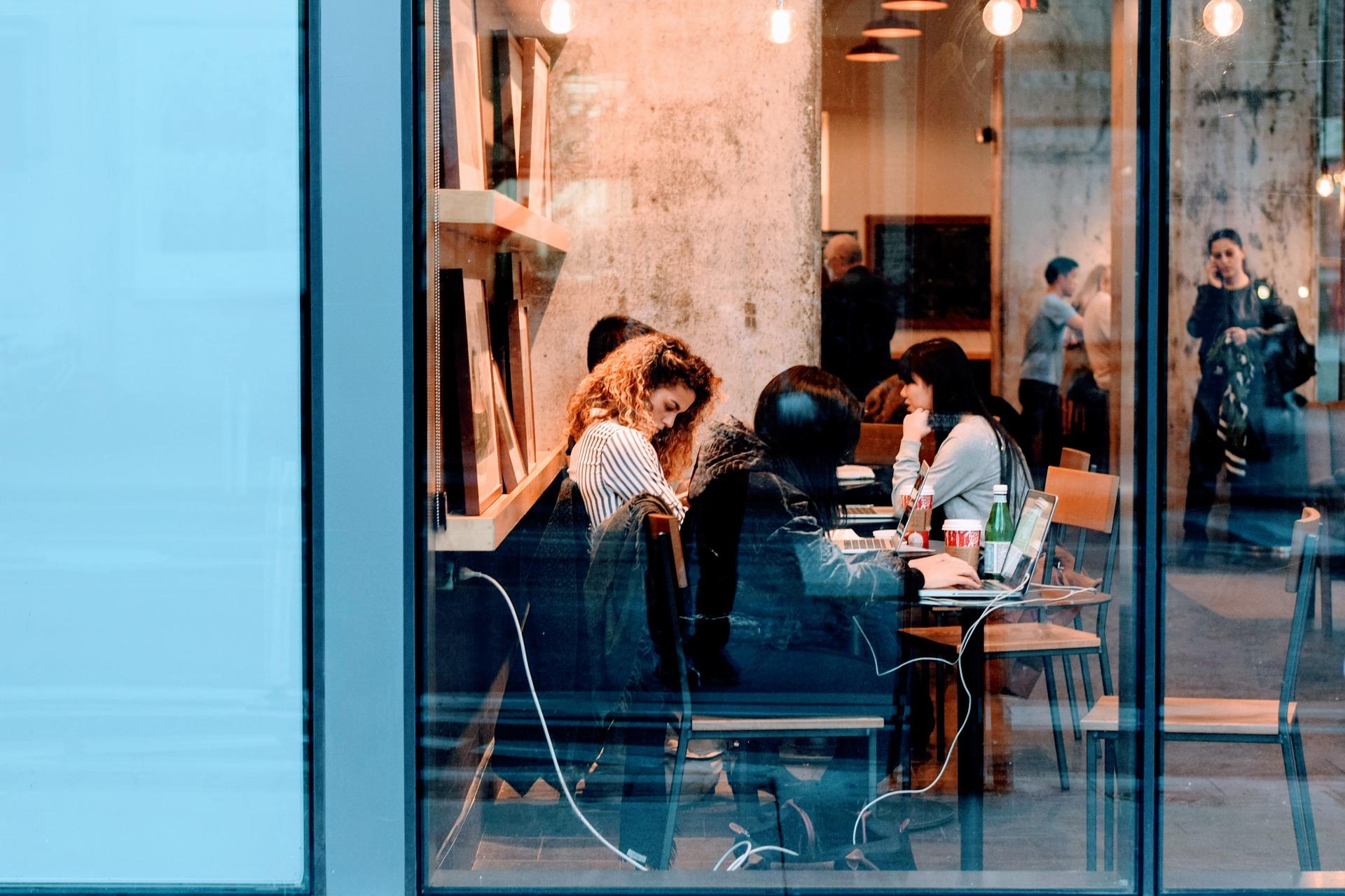 Jak zarządzać różnymi generacjami pracowników